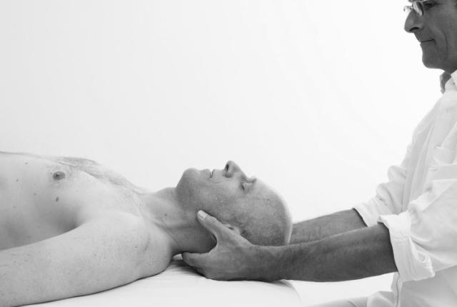 Rolfing : lutter contre les douleurs chroniques